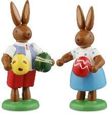 Osterhasenpaar mit Eiern