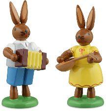 Osterhasenpaar mit Musikinstrumente